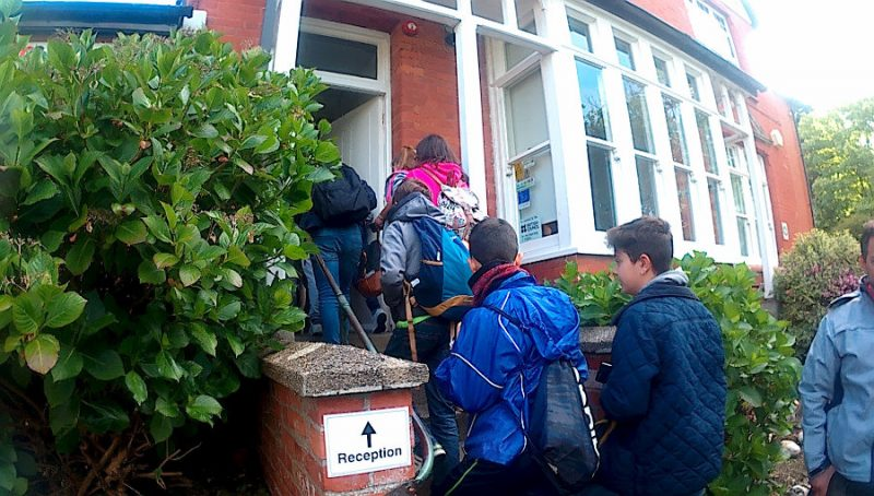 Grupo Escolar en Inglaterra